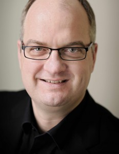 Gunnar Bender ab Mitte April 2012 bei Facebook Deutschland