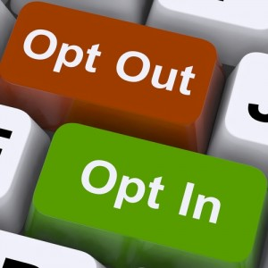 Opt In And Out Keys Showing Decision To Subscribe / shutterstock_108316337 / copyright by shutterstock.com